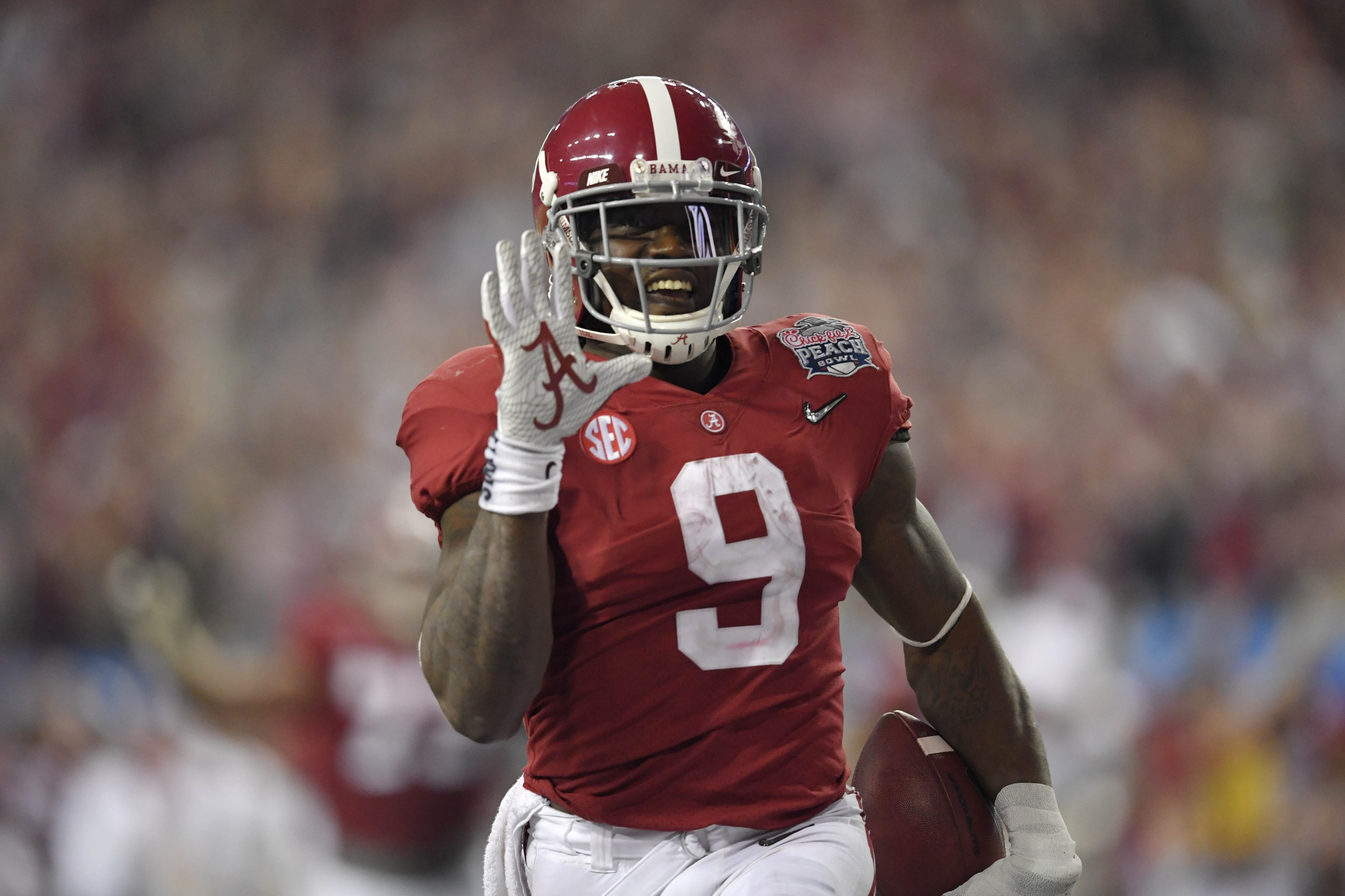 big sale bde9a 99f9d Alabama RB Bo Scarbrough 'Pretty Much Full Speed' Post-Leg ...