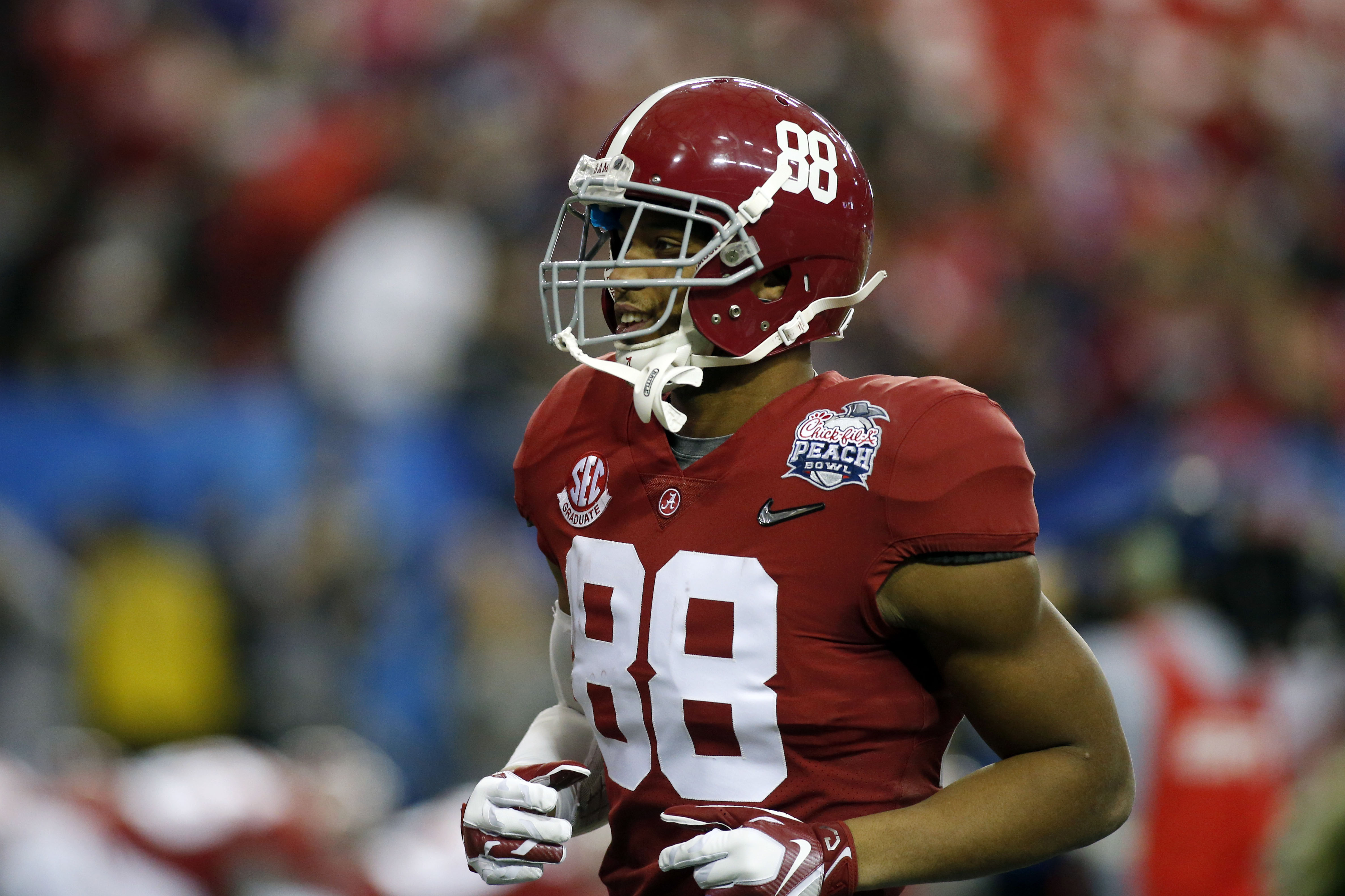 online store bb3cf 6a6c4 O.J. Howard Remains Key Piece To Alabama's CFP Title Hopes ...