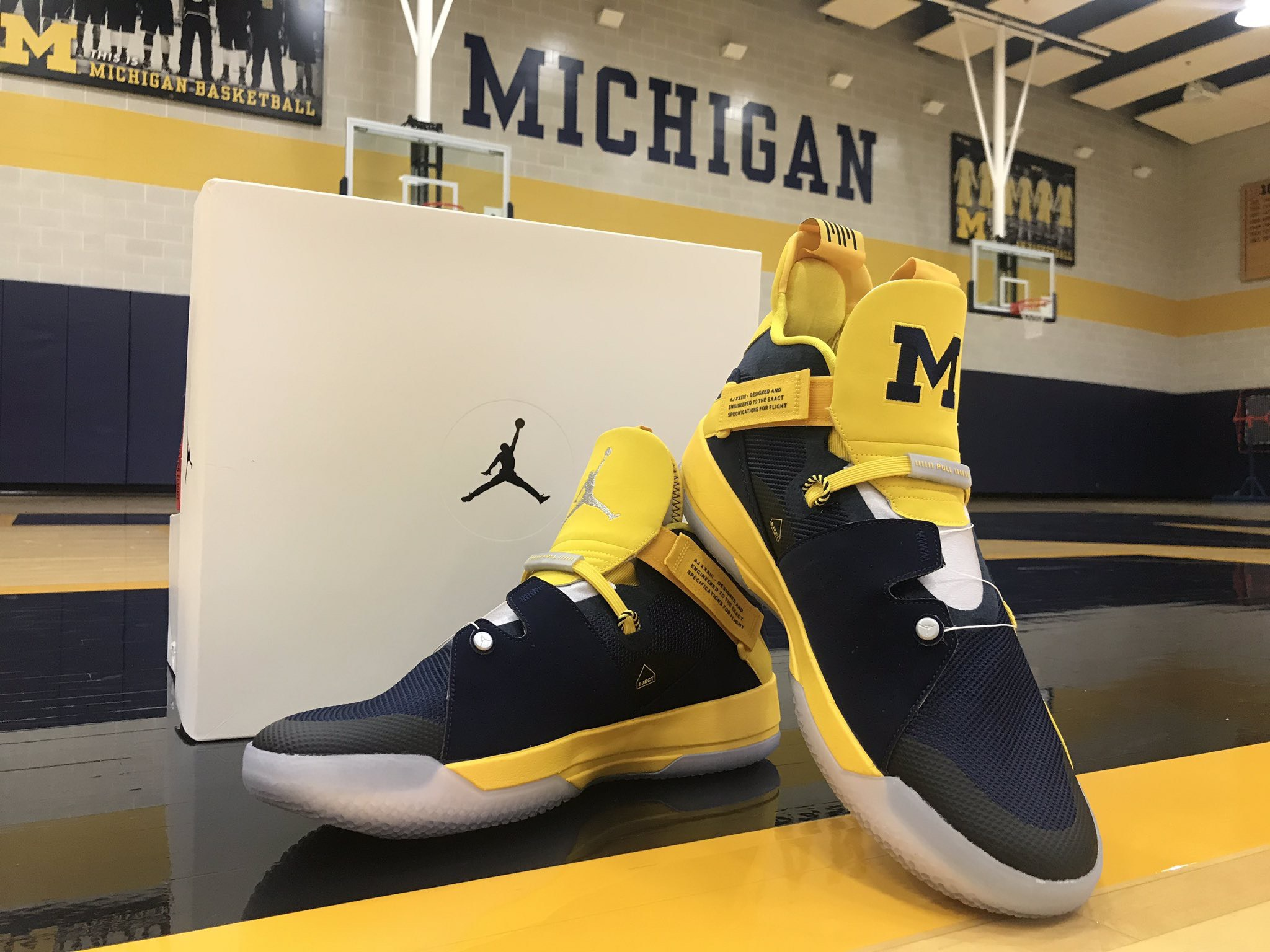 ... the AJ XXXIII for their National Championship runner-up basketball  team. The  Block M  logo is pressed on a Maize tongue making this colorway  stand out ... 856de781a