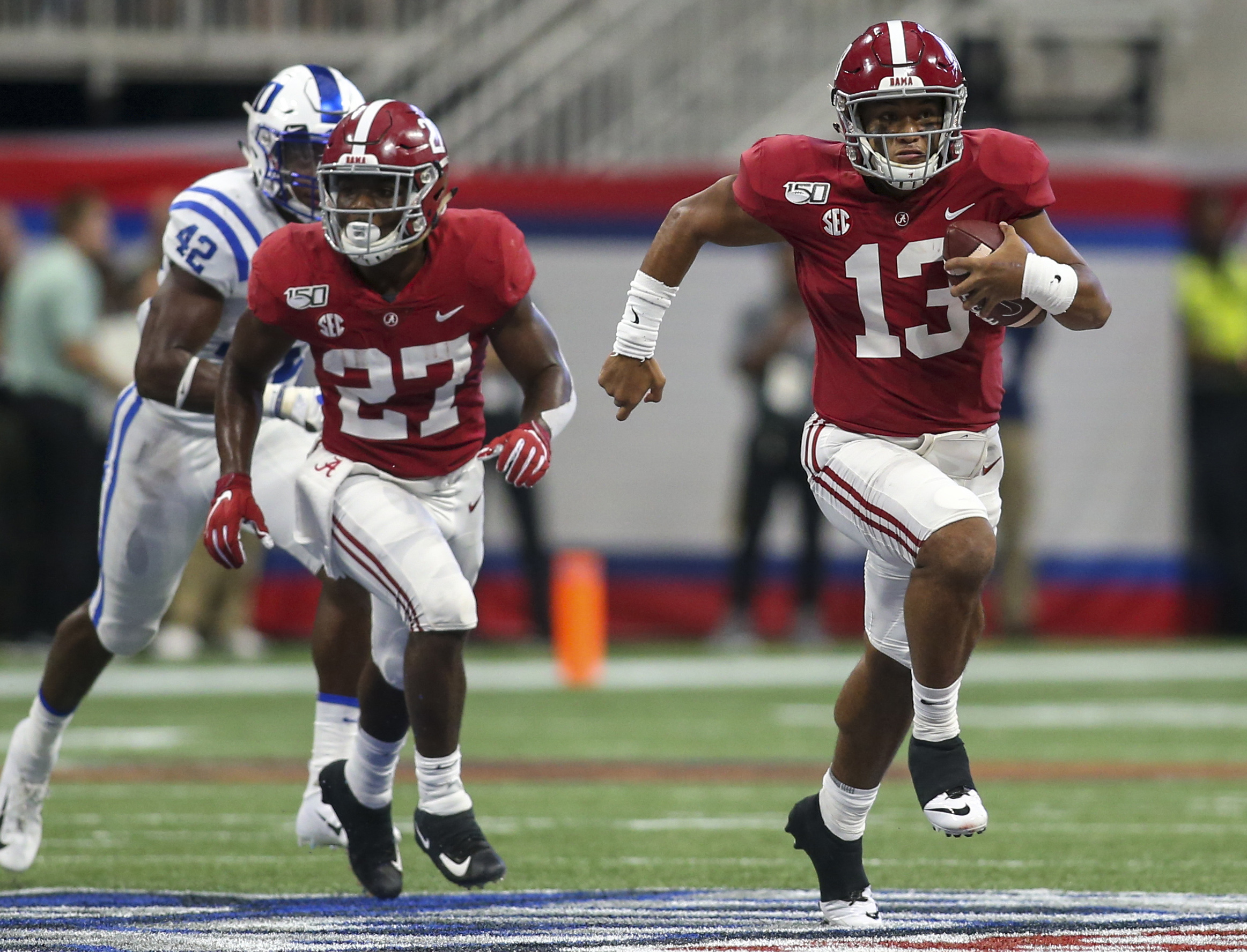 2019 Heisman Trophy Tracker: Breaking Down Stats of Tua Tagovailoa, Trevor Lawrence and More